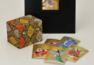 林美木子 「舞楽歌留多」カルタのサイズ11.7 ×8.2cm