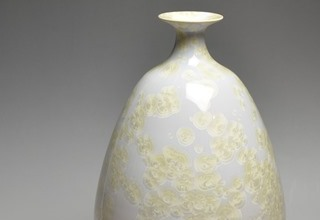 「Vase with White and Gold glaze crystalline glaze」陶磁器 H32.4xW17.6cm