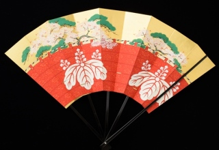 林 美木子 「月次扇 4月 醍醐の花見」W51.5×H36.5㎝