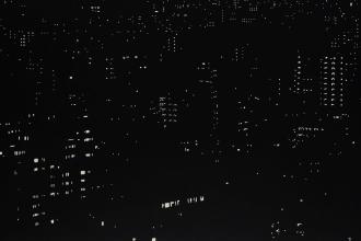 阪本トクロウ 「夜景」 650×1620mm アクリ・雲肌麻紙